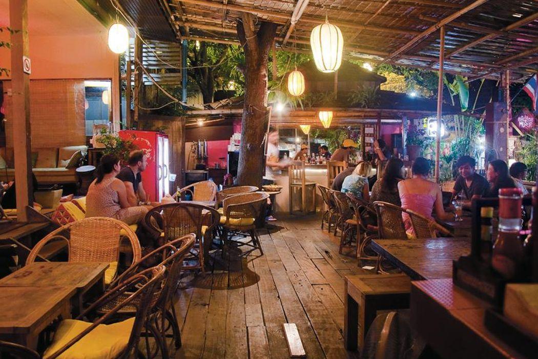 Madame Musur Bar & Restaurant