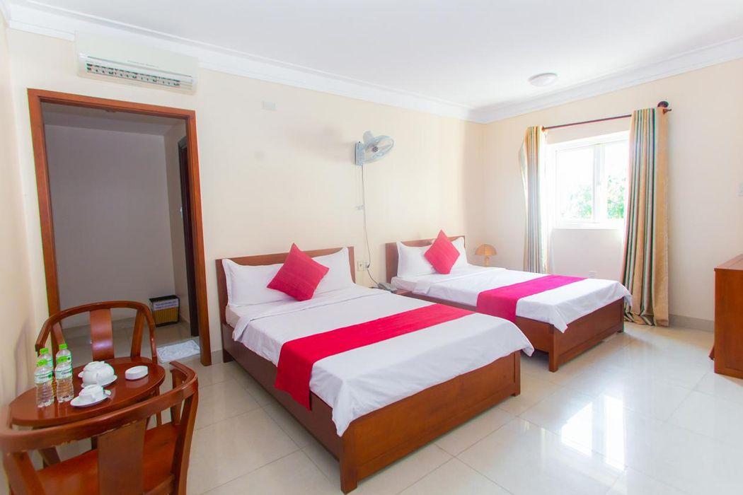 Khách sạn Đông Đô Hotel