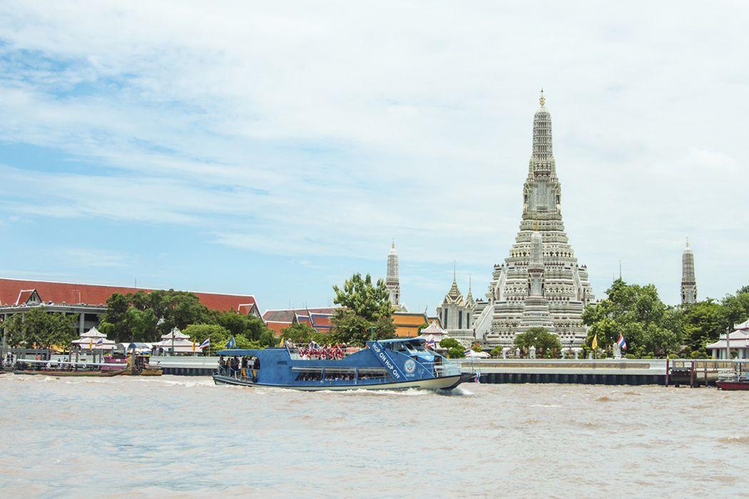 Đi thuyền trên sông Chao Phraya
