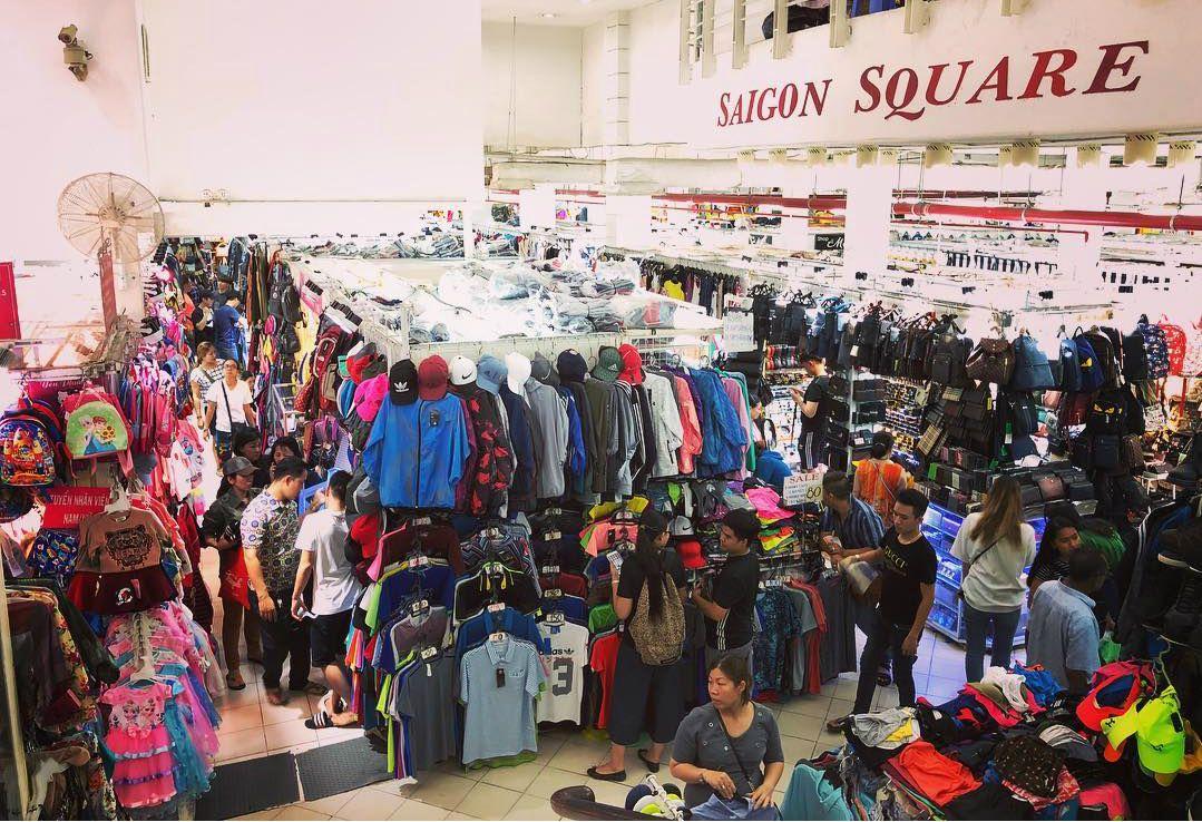 """""""Chợ cao cấp"""" Saigon Square"""