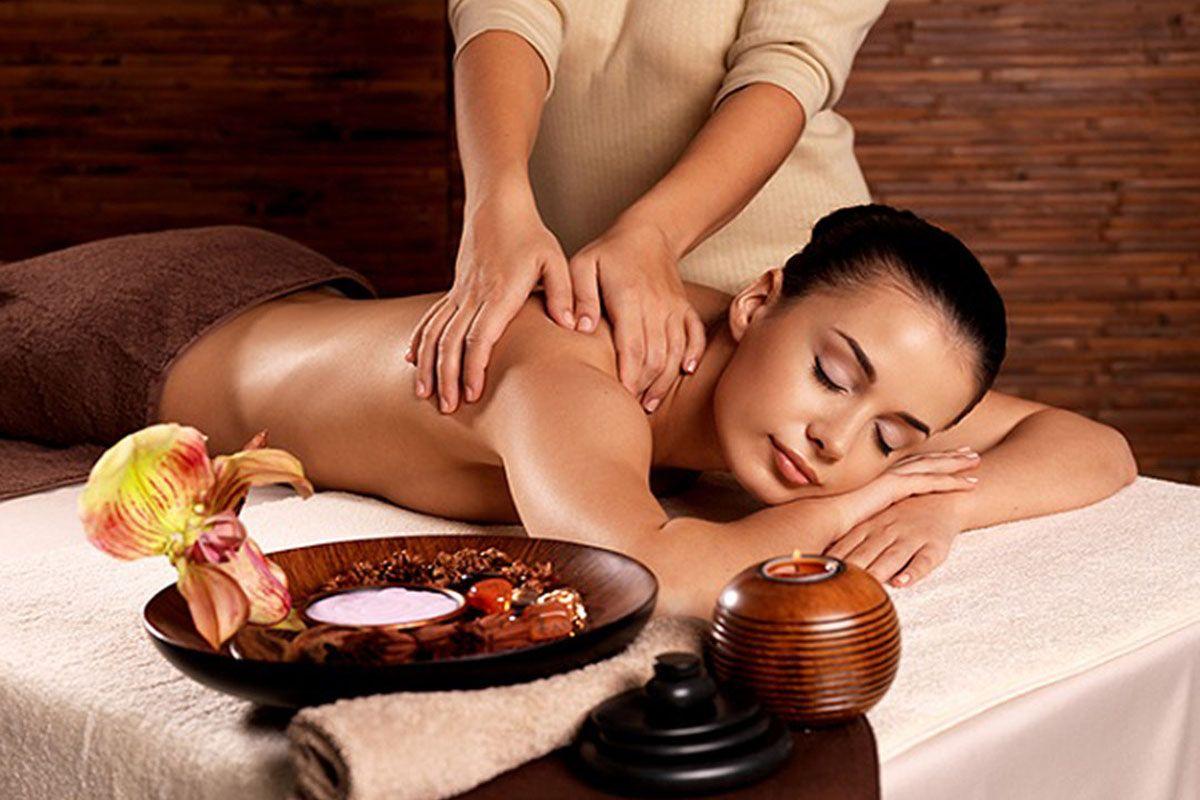 Trải nghiệm massage cổ truyền