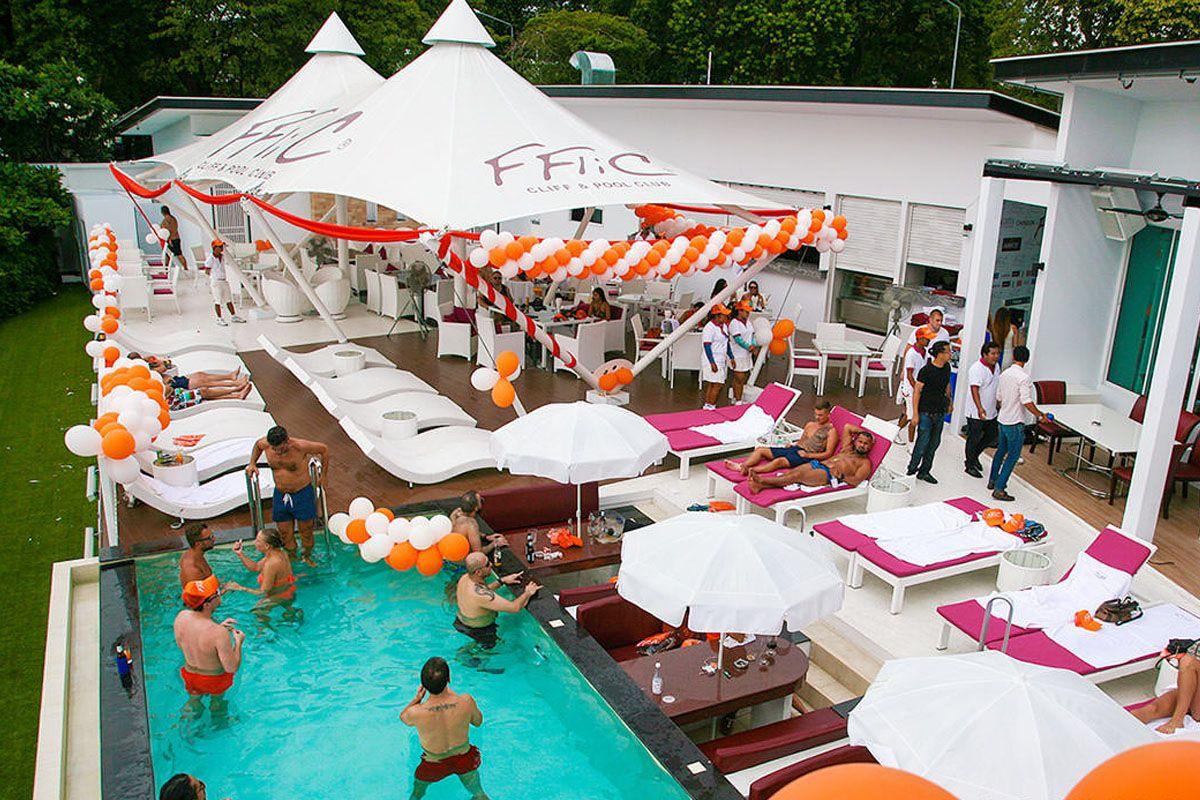 FFlic Cliff & Pool Club