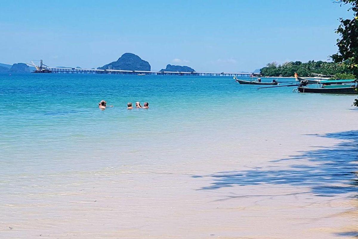 Bãi biển Klong Muang