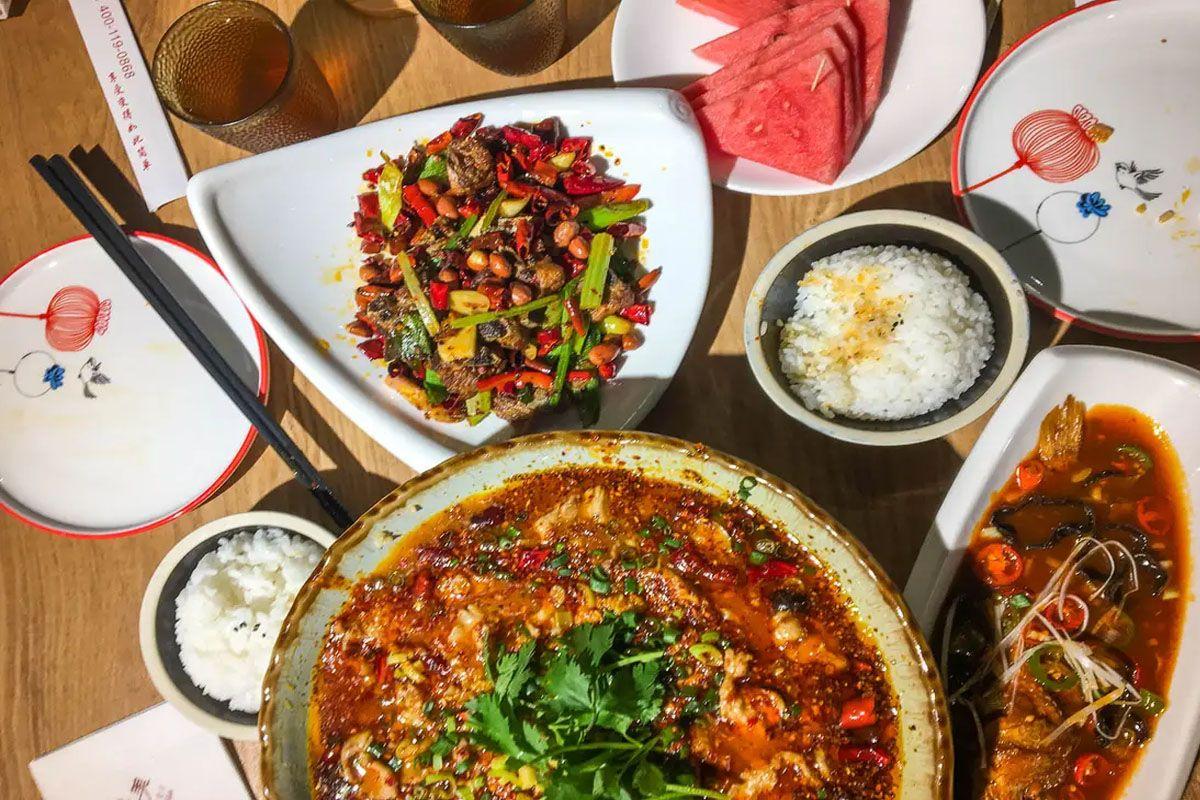 Thưởng thức ẩm thực truyền thống Trịnh Châu