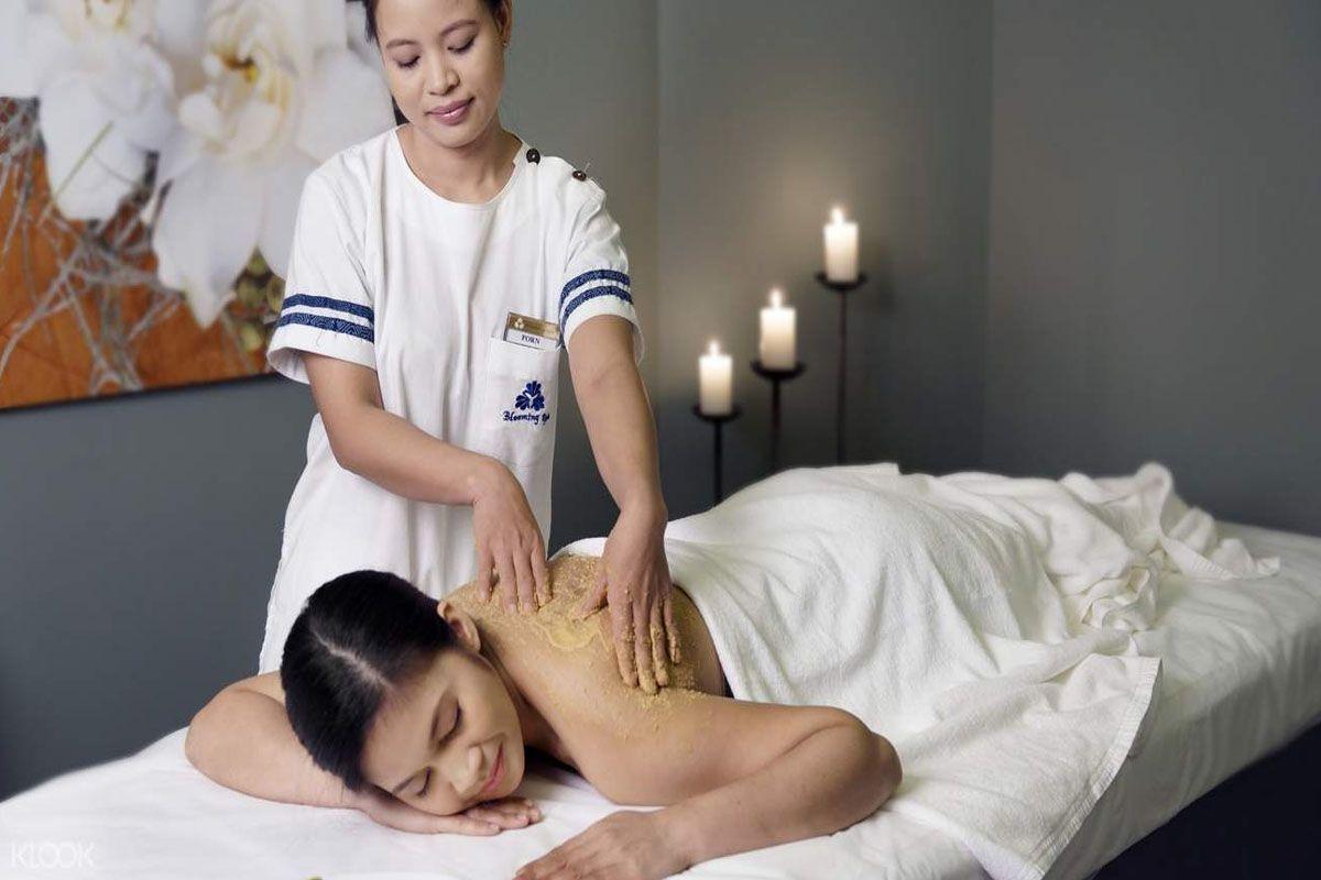 Massage toàn thân kiểu Thái