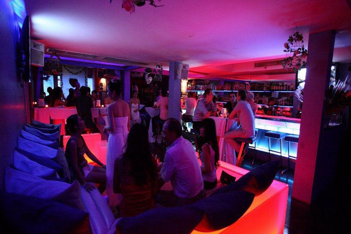 Titanium Club & Ice Bar