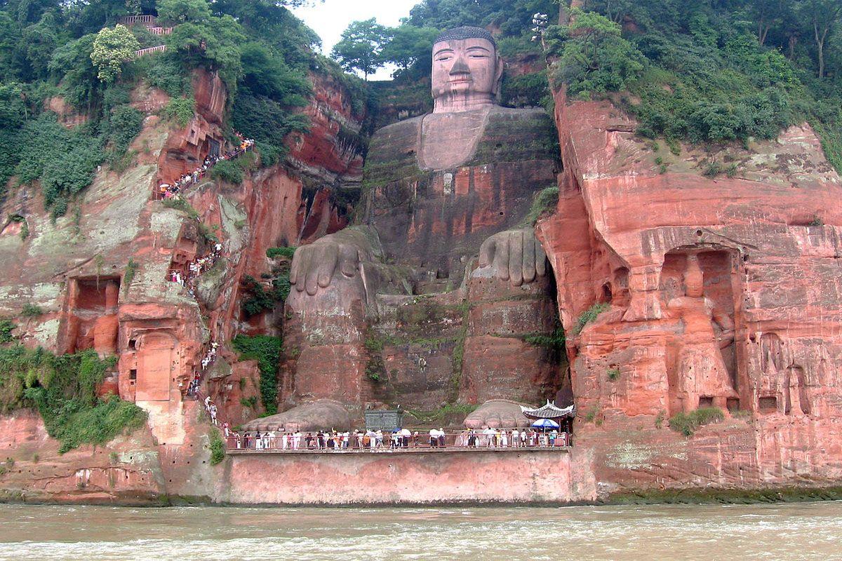 Tượng Lạc Sơn Đại Phật