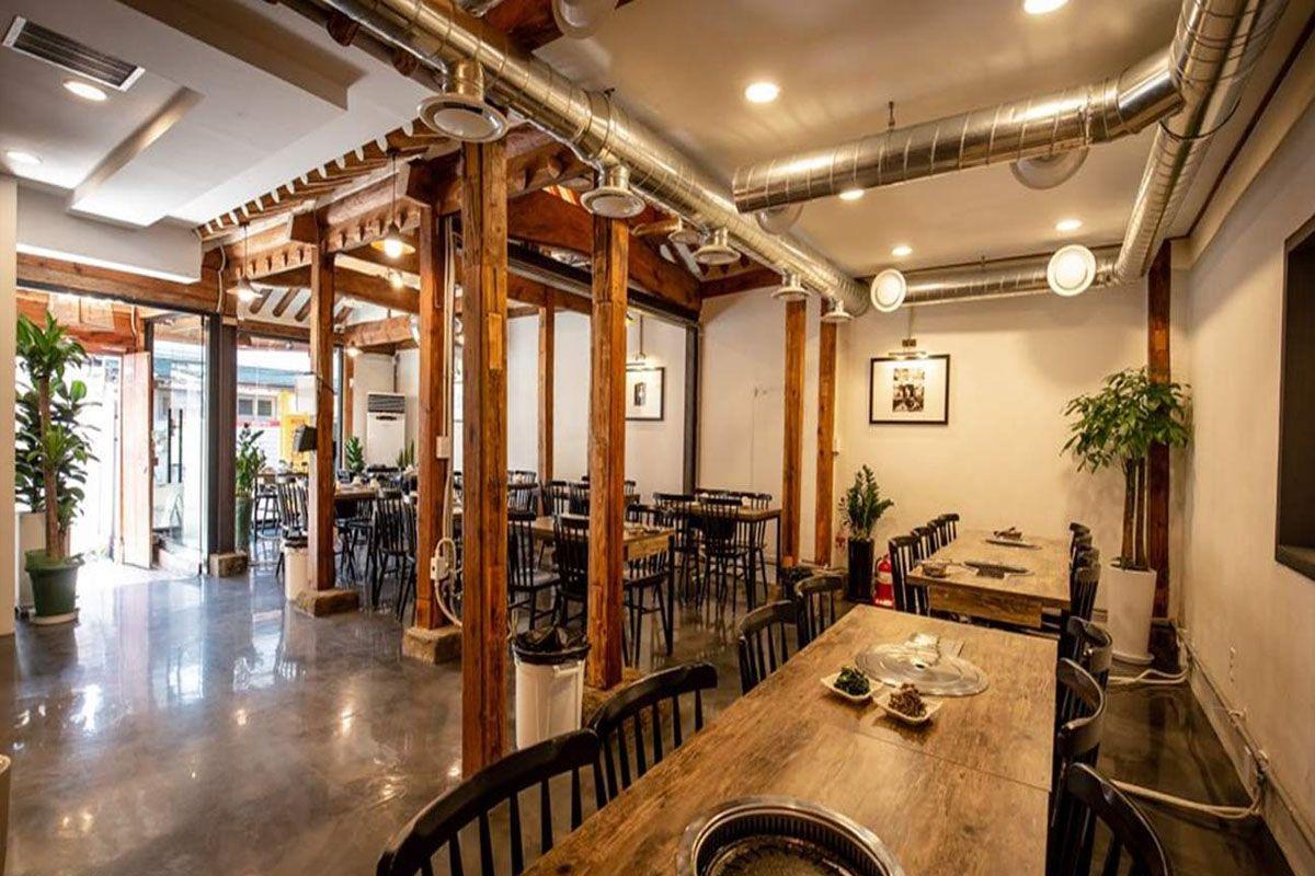Nhà hàng 853