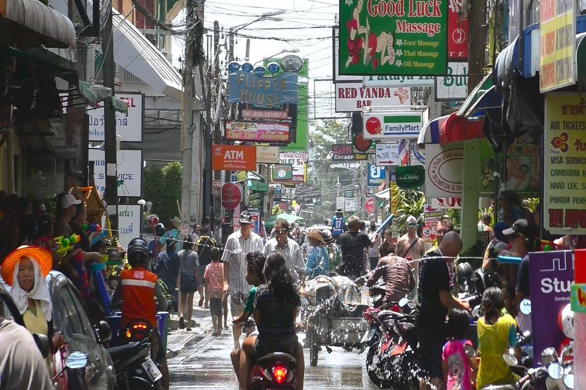 Lễ hội té nước ở Pattaya
