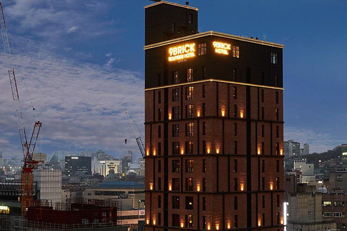 Khách sạn 9 Brick