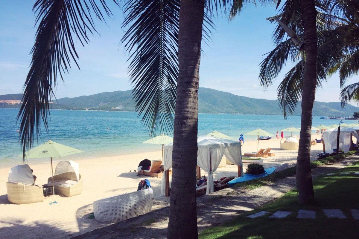 Bãi biển hòn Tằm