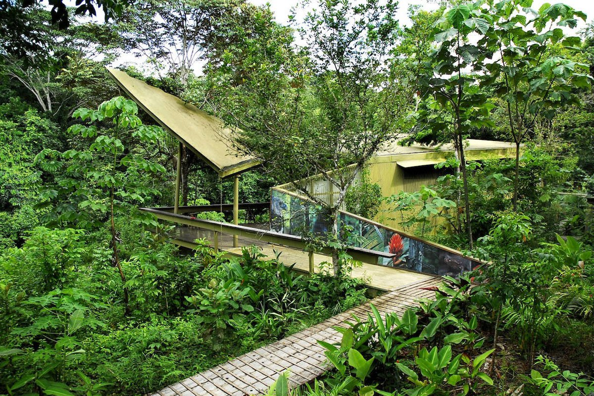 Trung tâm khám phá rừng nhiệt đới