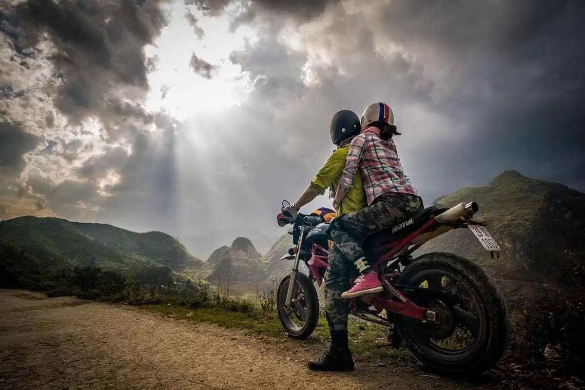 Du lịch Trại Mát bằng xe máy