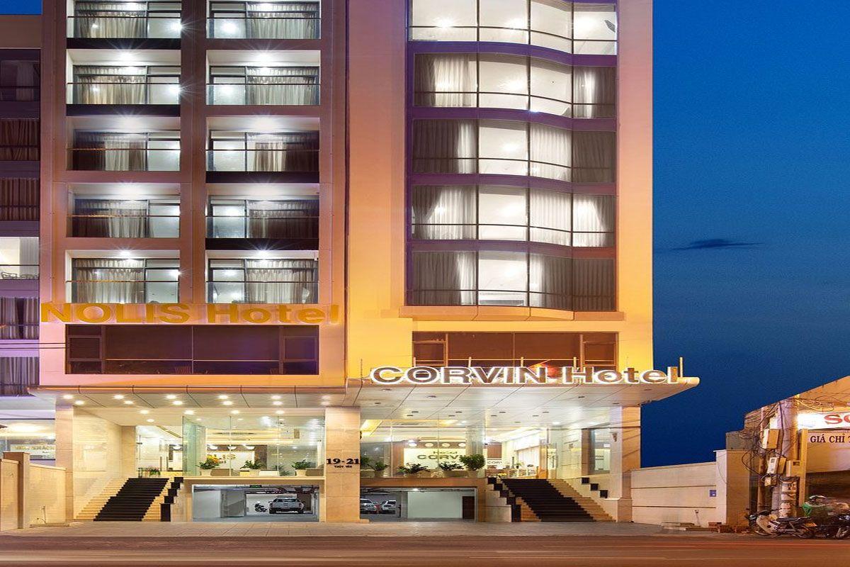 Khách sạn Corvin
