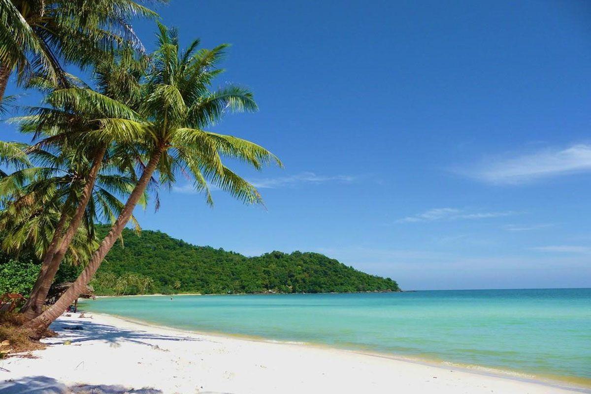 Bãi biển đẹp, hoang sơ