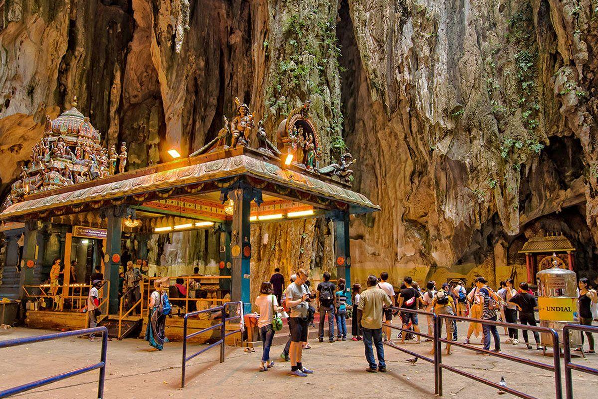 Batu Cave và Dark Cave