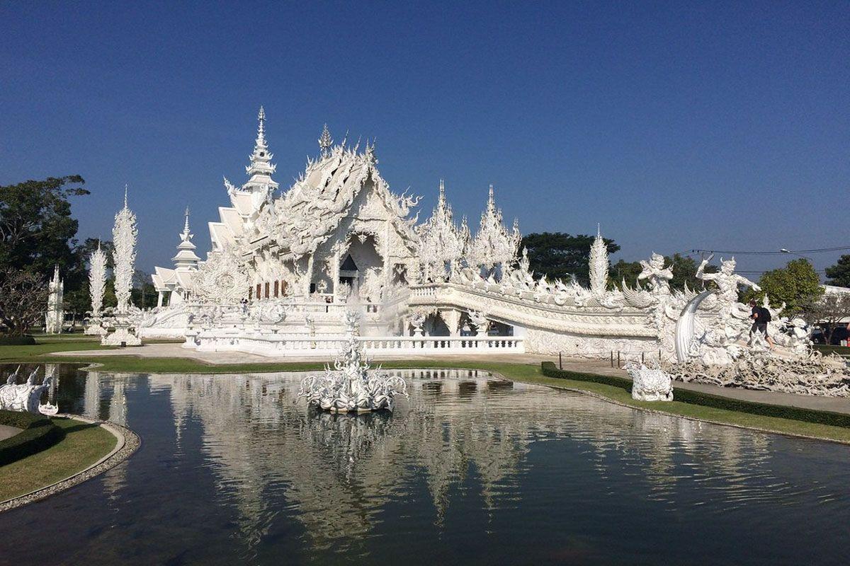 Ubosot – tòa nhà quan trọng nhất của Wat Rong Khun
