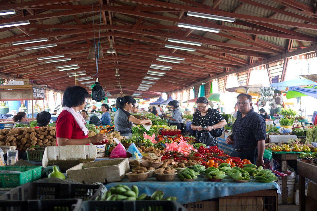 Chợ phiên cuối tuần Satok diễn ra tại Kuching