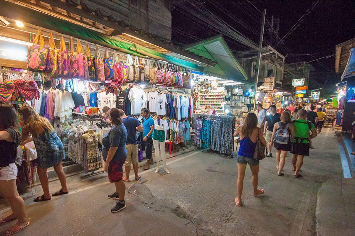 Chợ đêm thứ 7 ở Thông Sala