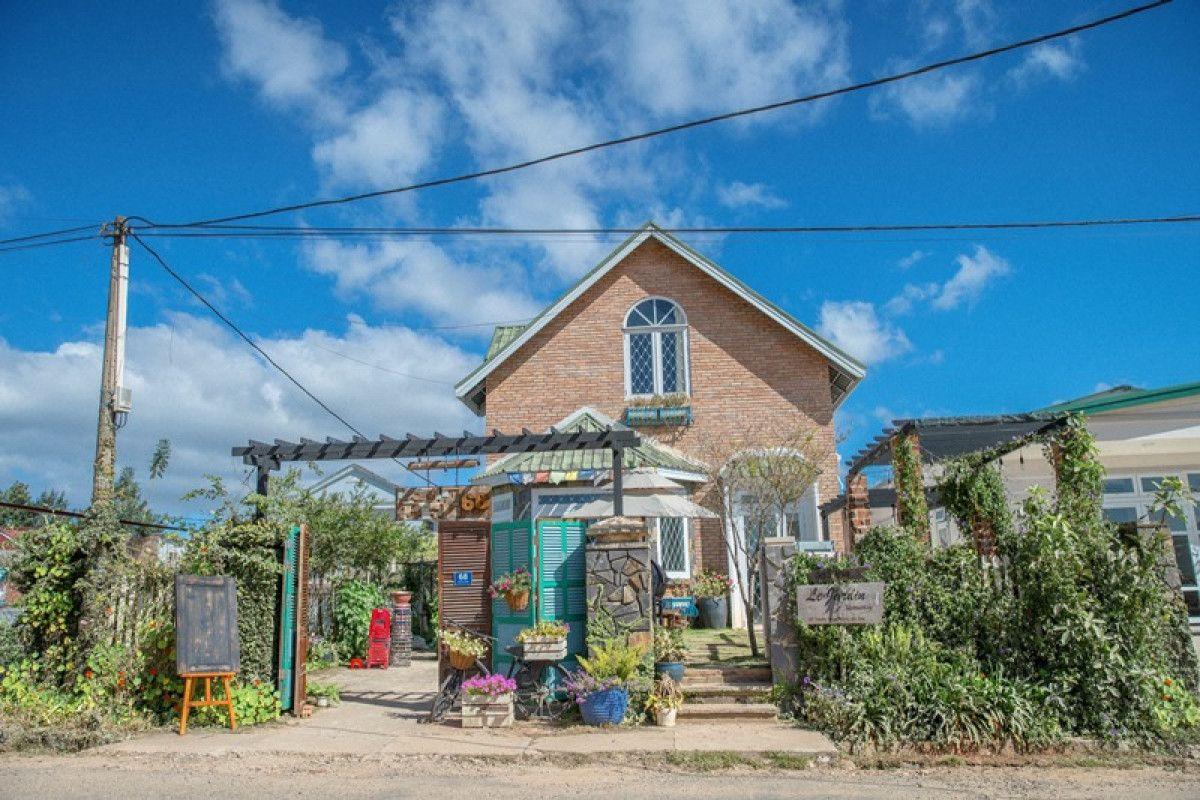 Le Jardin homestay – Café I Rose