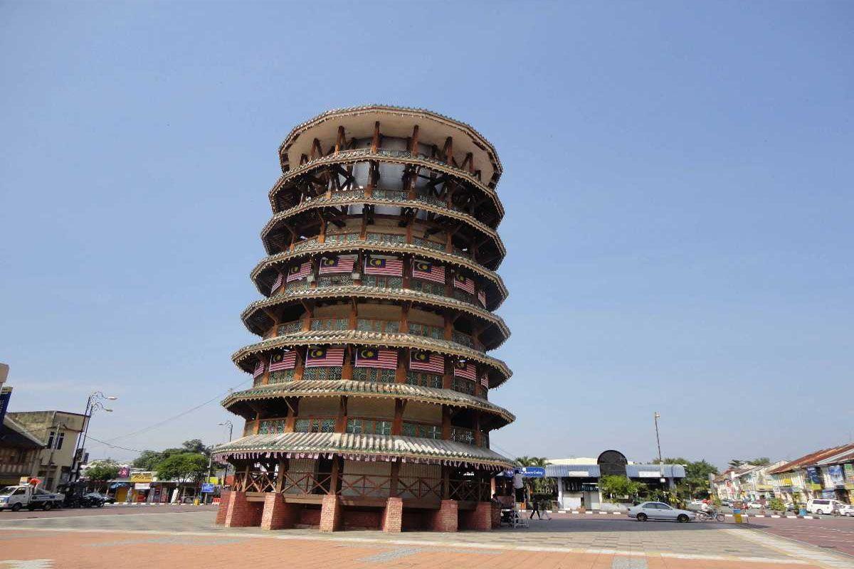 Tháp nghiêng Teluk Intan, Perak