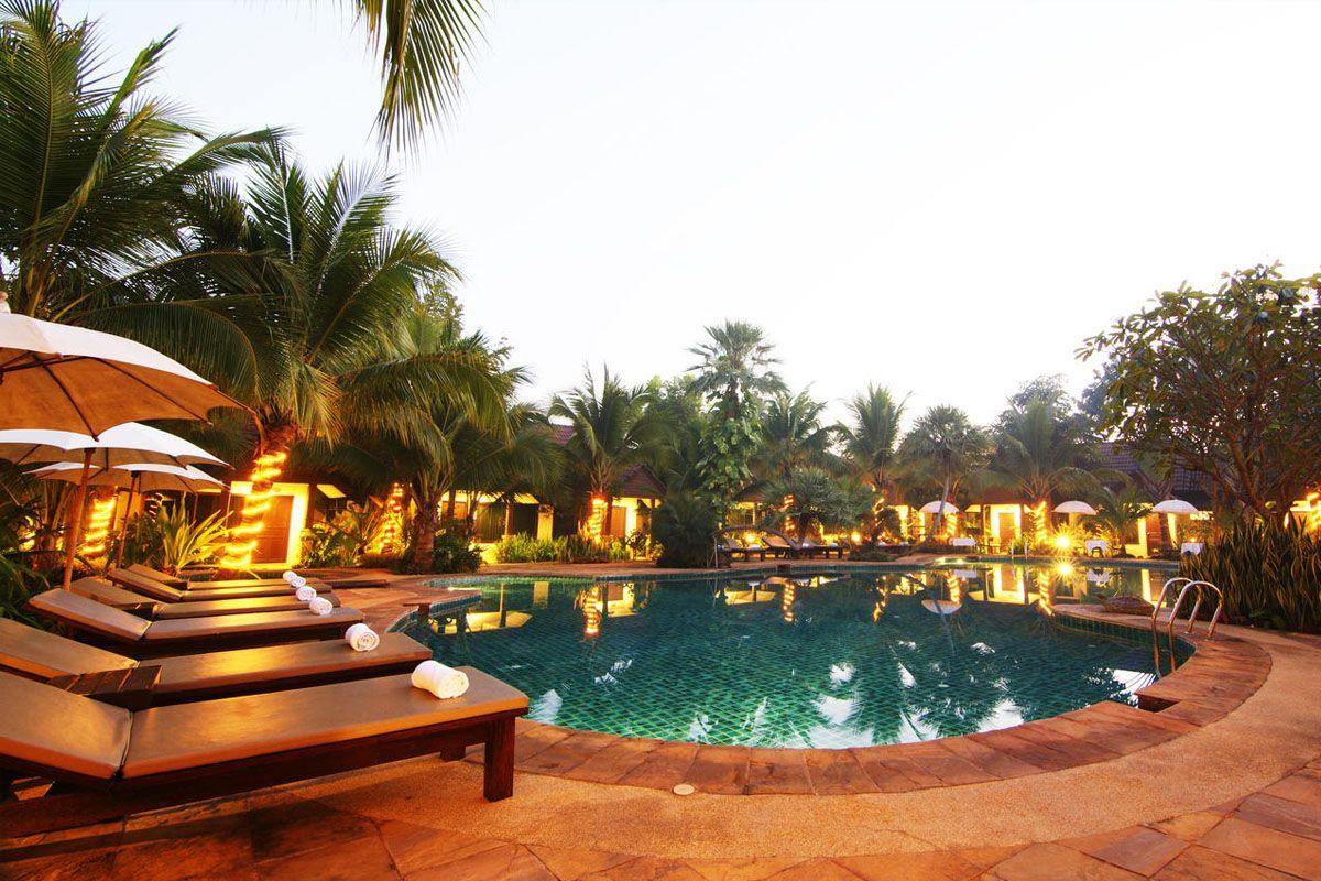 Laluna Hotel and Resort