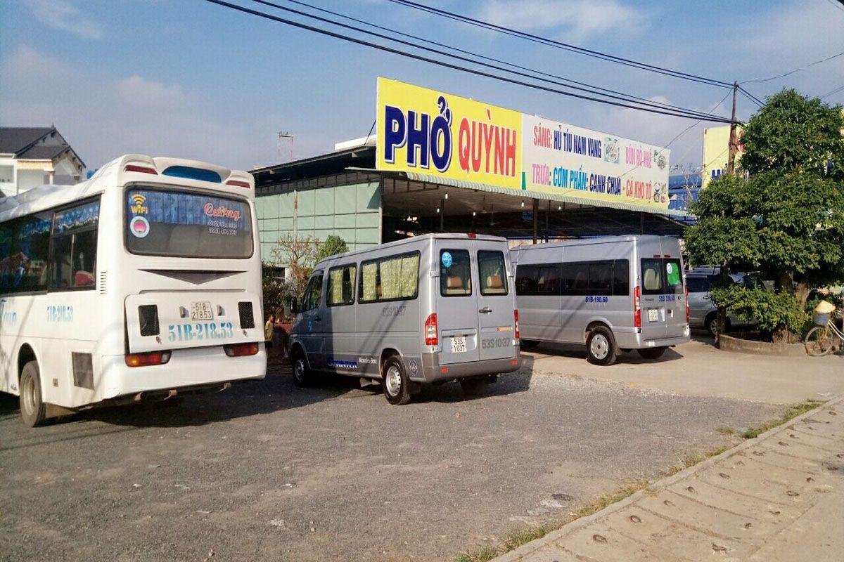 Quán Phở Quỳnh