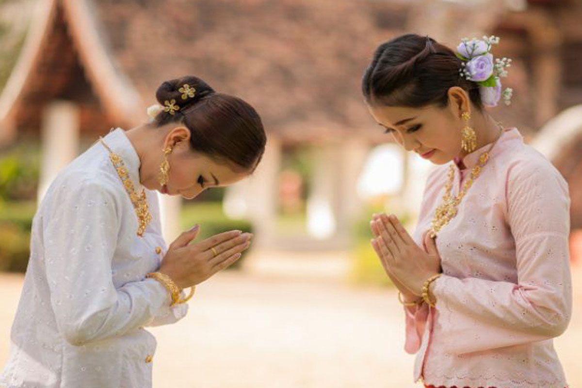 Văn hóa chào hỏi tại Campuchia