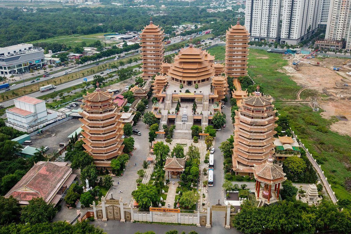 Vị trí Pháp viện Minh Đăng Quang, Sài Gòn