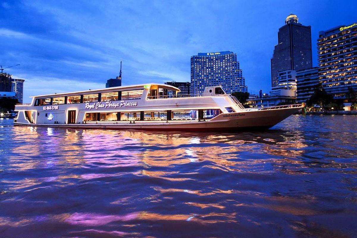 Đi du thuyền trên sông Chao Phraya