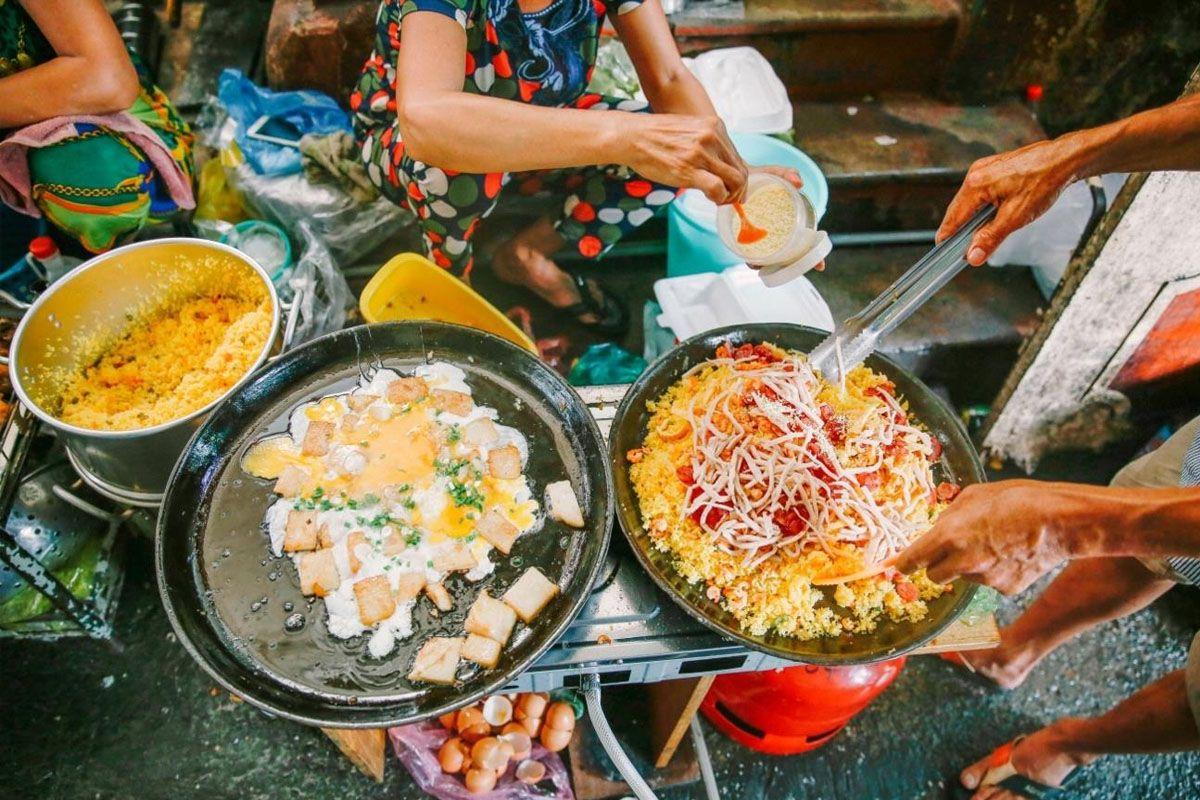 Phố ăn vặt An Dương Vương