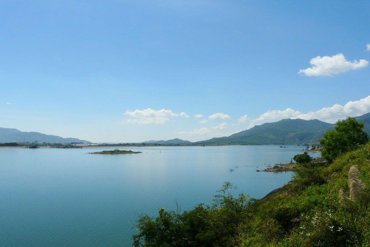 Hồ Suối Dầu