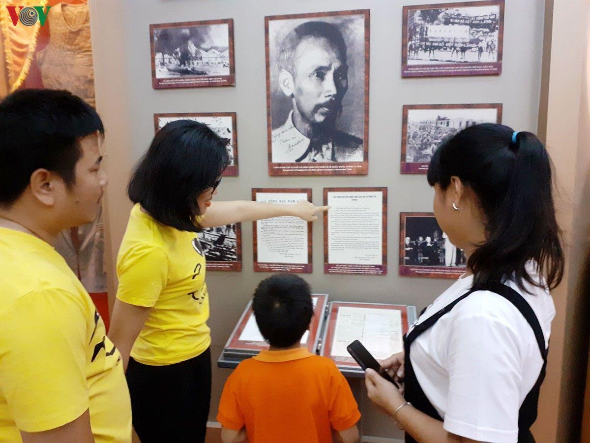Chuyên đề về chủ tịch Hồ Chí Minh