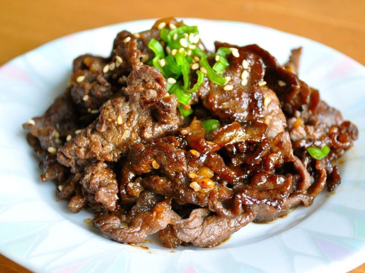 Bulgogi (thịt bò ướp thịt nướng)