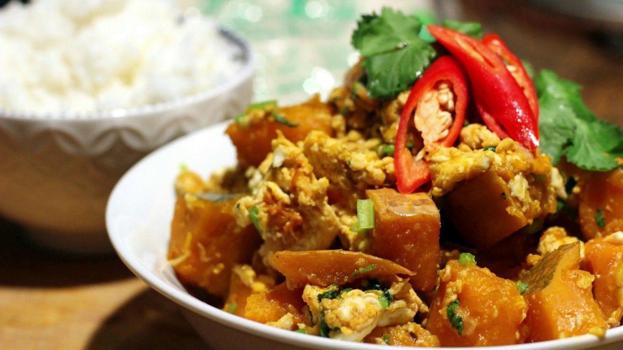 Món Pad Phuk Tong