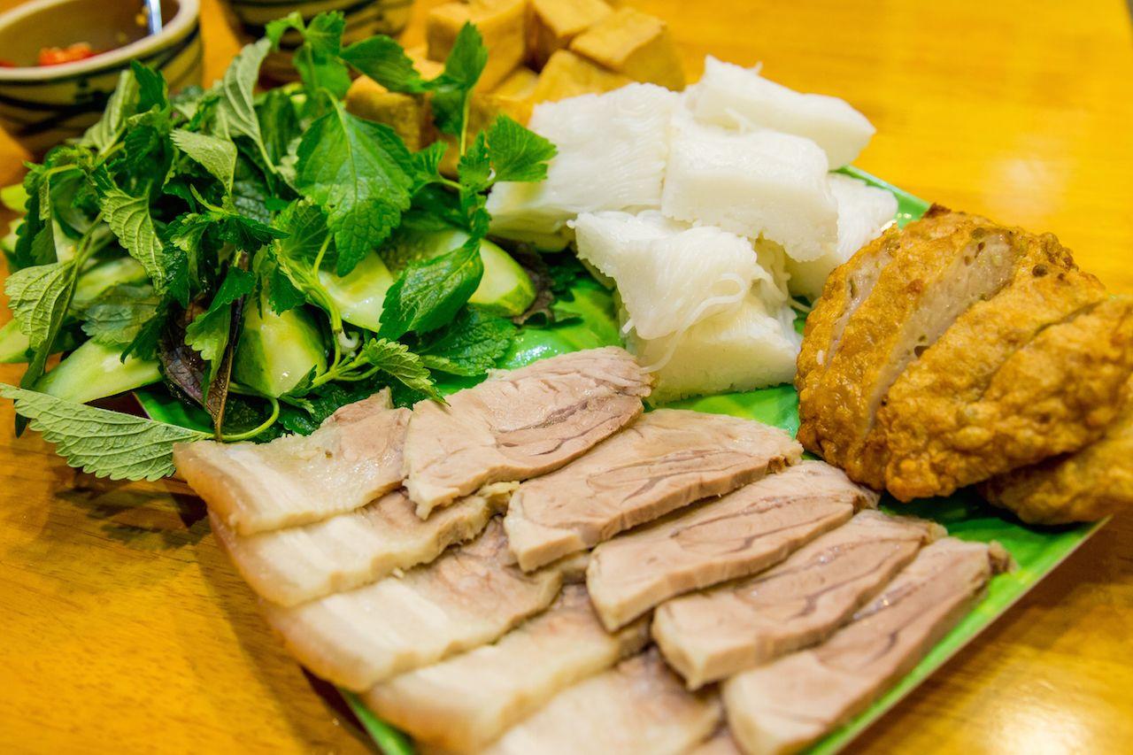 Bún đậu Food Factory - 112B Chùa Láng