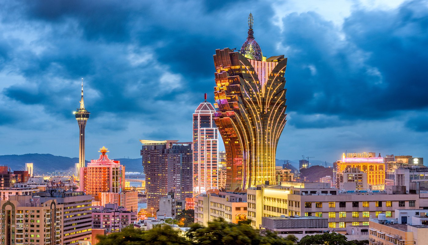 Kinh tế chính ở Macau là du lịch và sòng bạc