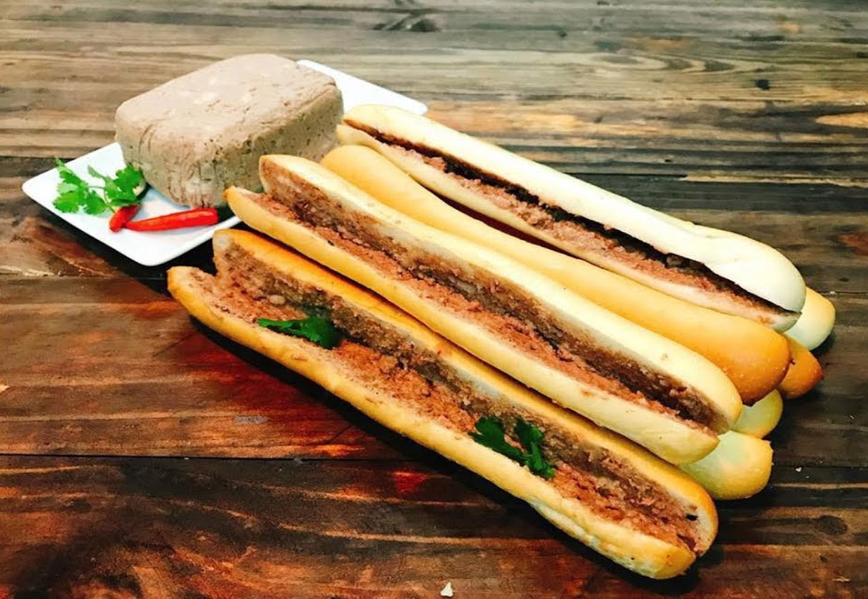 Bánh mỳ cay Hải Phòng
