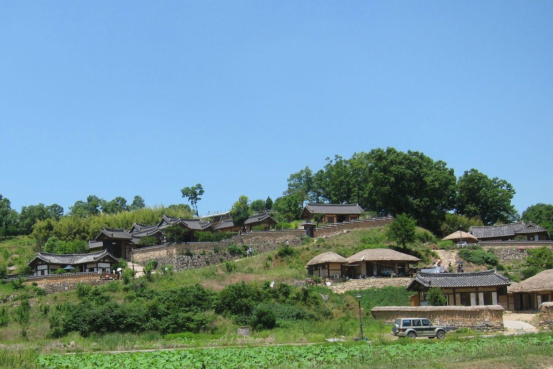 Làng dân gian Yangdong