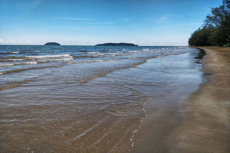Bãi biển Tanjung Aru