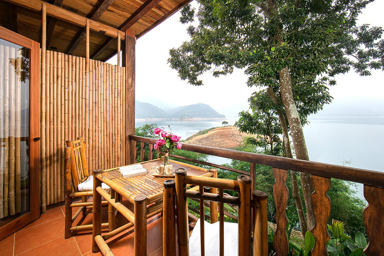 superior room mai chau hideaway resort