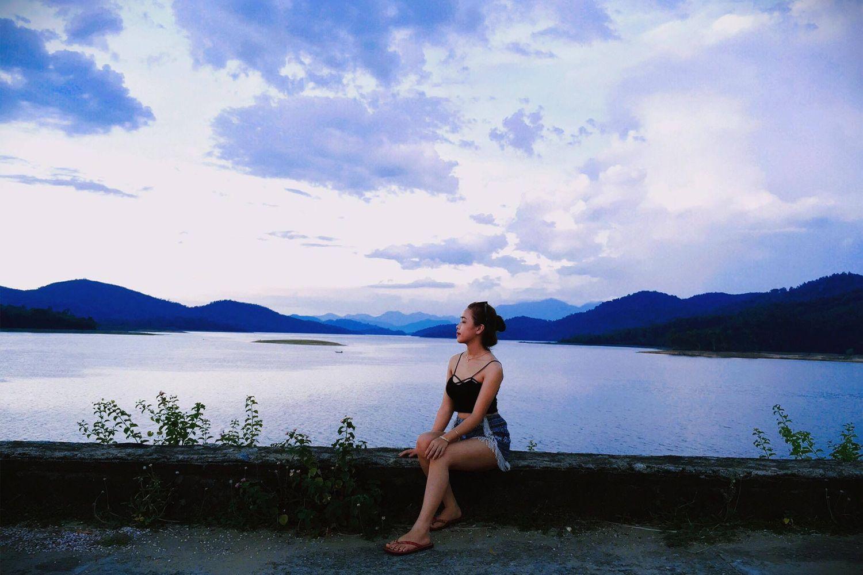 Hồ Phú Ninh sở hữu không gian trong lành, tươi mát