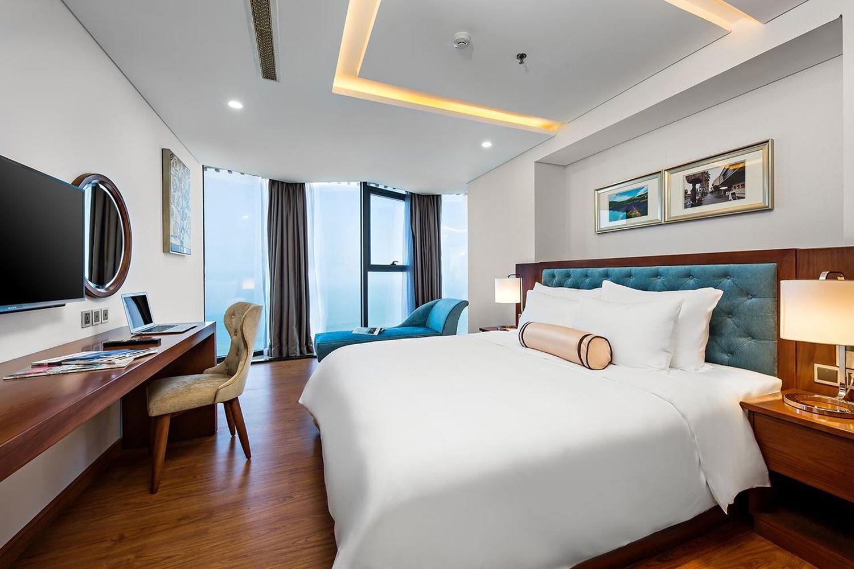Phòng ốc của Paris Deli Danang Beach Hotel