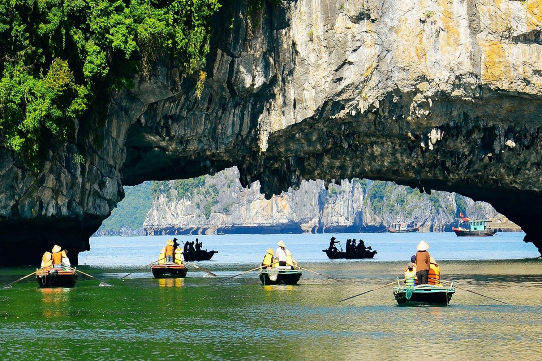 Chèo Kayak Hang Luồn