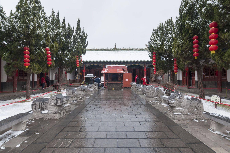 Ghé thăm đền thờ thần Trịnh Châu