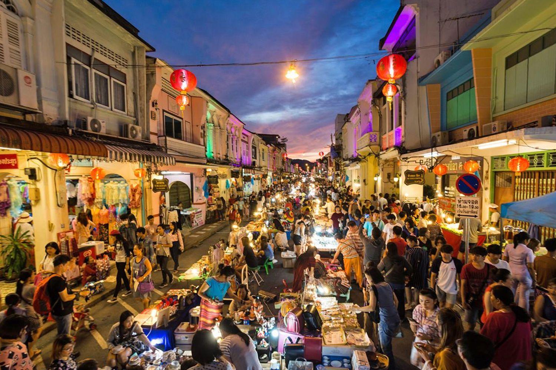 Walking Street Chiang Mai