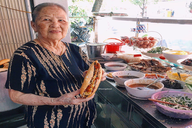 Bánh mì Madam Khánh