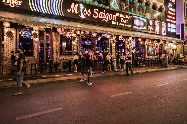 Bar, Pub phố Bùi Viện