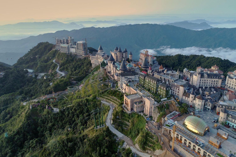 Vẻ đẹp nhìn từ trên cao của khách sạn Mercure Bana Hills