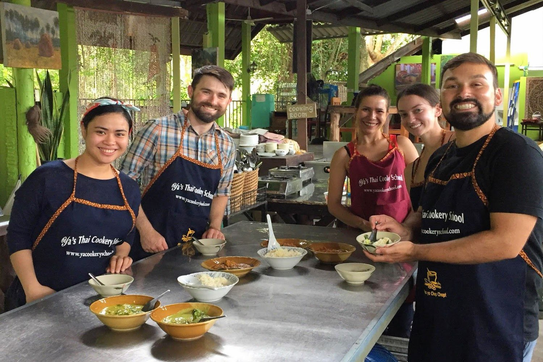 Học nấu món ăn Thái Lan